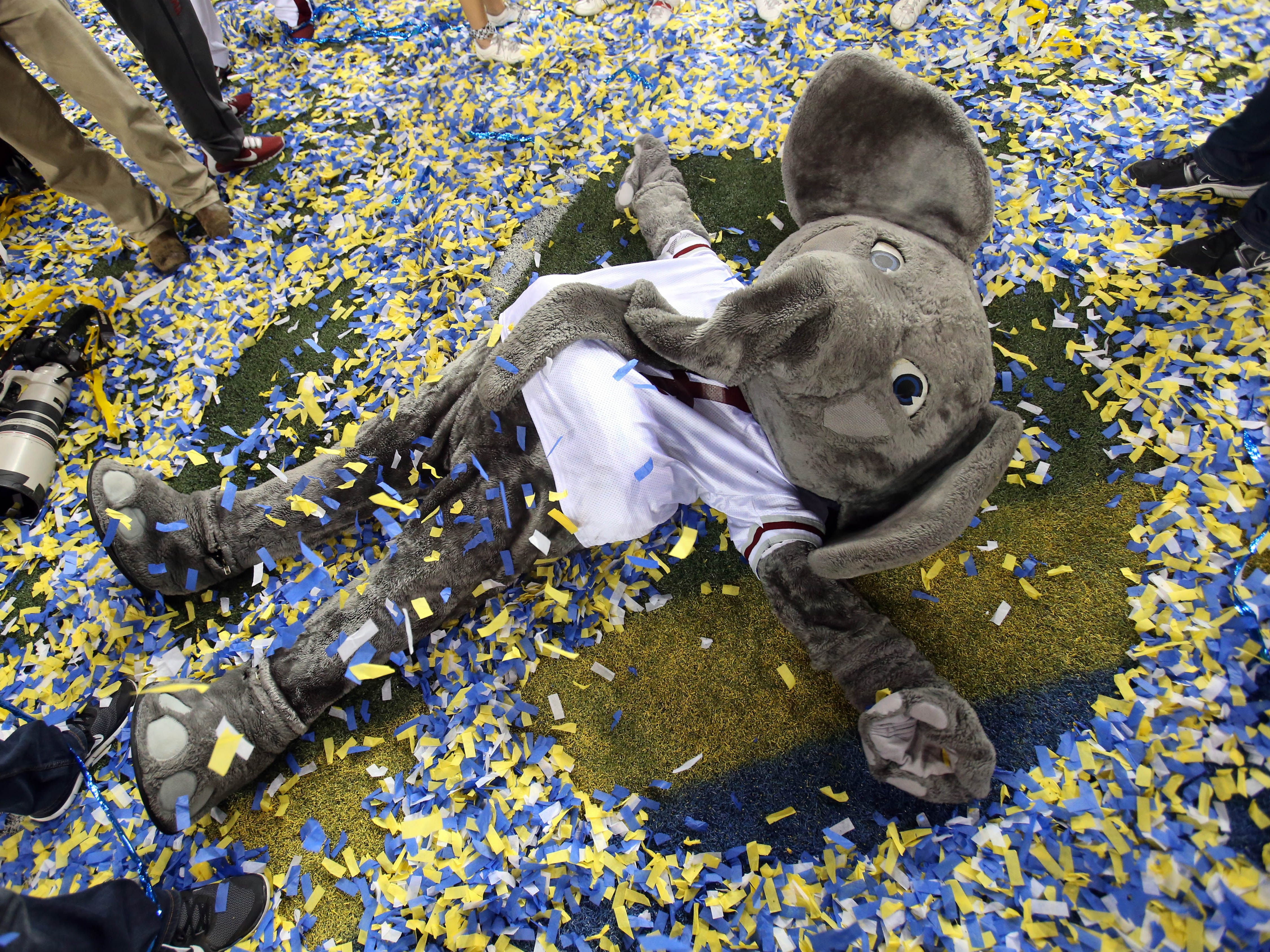 Will Alabama Crimson Tide mascot Big Al celebrate in confetti after the 2015 SEC championship game like he did after the 2014 victory?