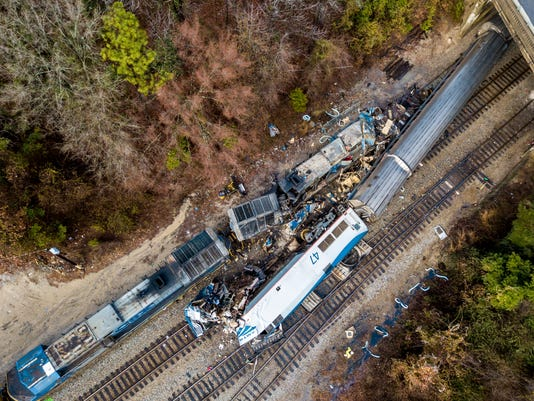 AP APTOPIX TRAIN CRASH SOUTH CAROLINA A USA SC
