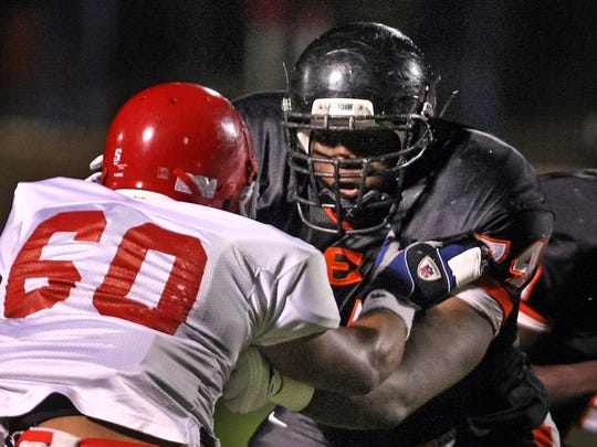 Ensworth offensive tackle Antonio Richardson (74)
