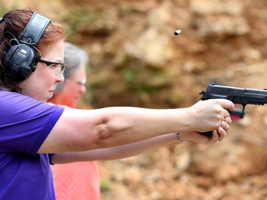 1-Women-and-guns