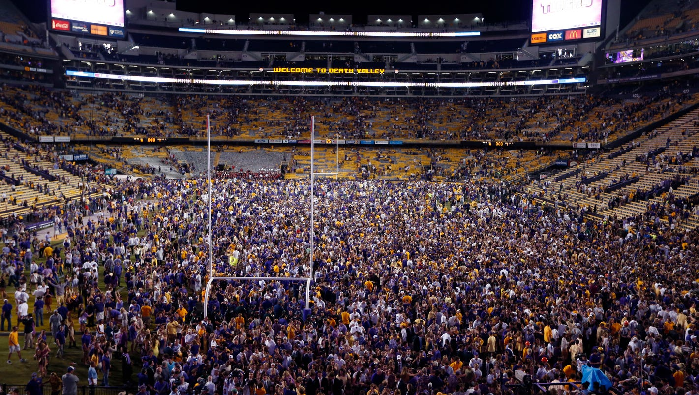 LSU\'s Alleva changes stance on rushing the field