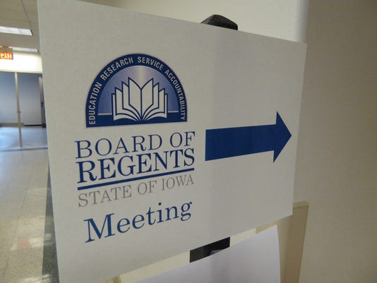 636325148867041270-Board-Of-Regents-Sign.JPG