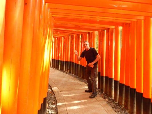 636662173055242151-Japan---Kyoto-at-the-mountain-of-torii-gates.jpg