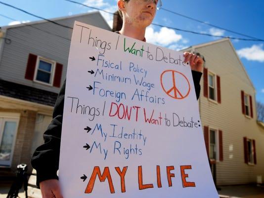 dover gun protest