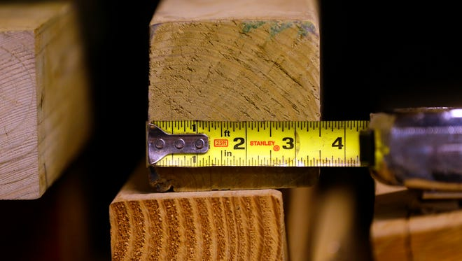 """A federal judge has dismissed a lawsuit accusing Menards of deceiving customers by selling """"4x4s"""" without specifying that the lumber measures 3.5 inches by 3.5 inches."""