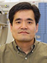 FAU Harbor Branch Assistant Research Professor Guojun Wang, Ph.D.