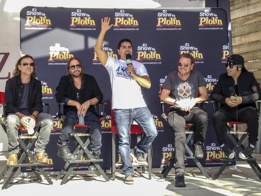 Juan Calleros, Sergio Vallin, Eddie Piolin Sotelo, Fher Olvera, Alex Gonzalez