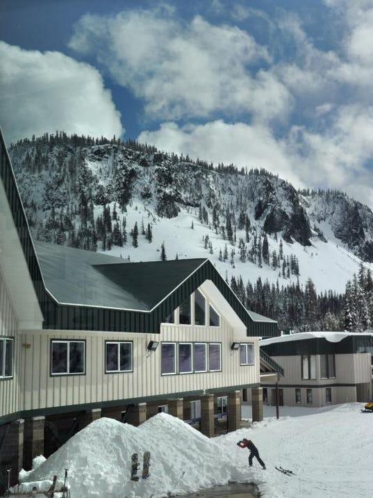 SAL0208-Ski Areas