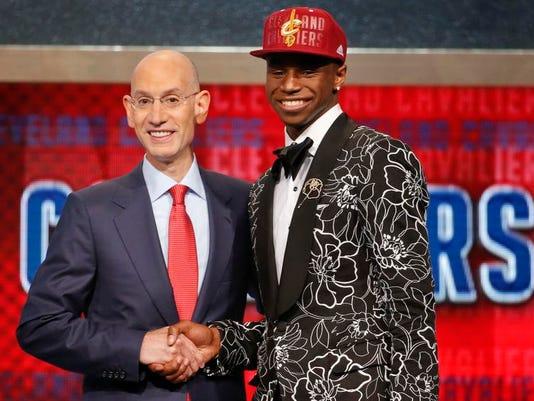 NBA Draft Basketball (2)