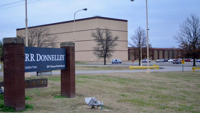 LSC Communications, a spinoff of R.R. Donnelley & Sons Co., plans to close its Gallatin plant after 42 years.