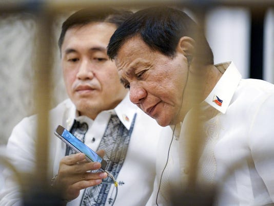Philippines President Duterte and US president Trump's phone call on the sidelines of the ASEAN Summit 2017