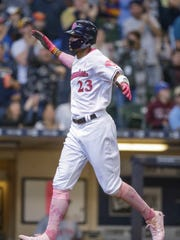 Milwaukee Brewers' Keon Broxton hits a two-run home