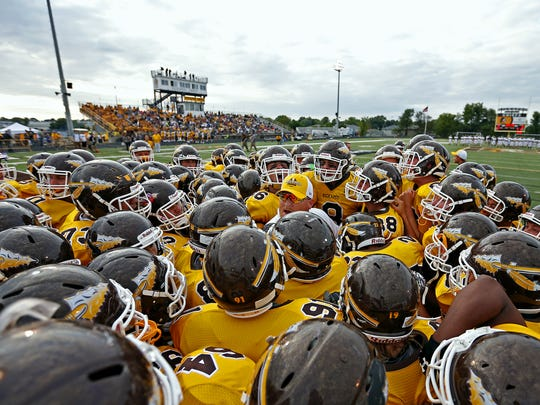 Kickapoo went 12-1 in football in 2015 and opens the