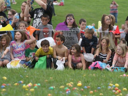 636280443593474731-nw.Easter-Egg-drop-05.jpg