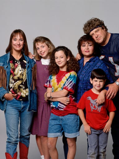 'Roseanne' returns to ABC, 30 years after its debut