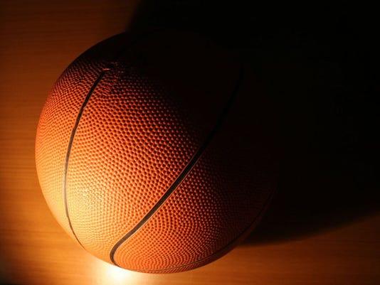 basketball-1_endplay_1415942764010_9586742_ver1.0_640_480.jpg