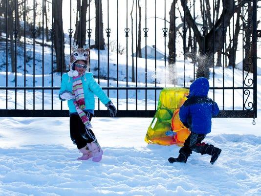 -Clarksville-Snow-Jan16-Secondhalf-9.JPG