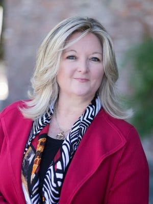 Dietitian Elaine Magee, MPH, RD