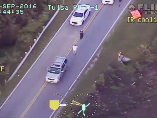 EPA USA POLICE SHOOT UNARMED MAN CLJ POLICE USA OK