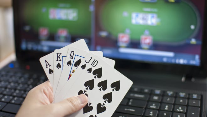 Online poker site closes.