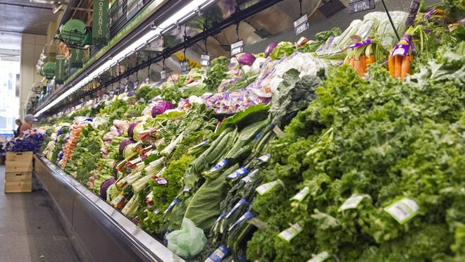Menomonee Falls Fresh Thyme Farmers Market, a retailer which offers fresh, healthy, natural and organic products, will be closing its Menomonee Falls location Aug. 21.