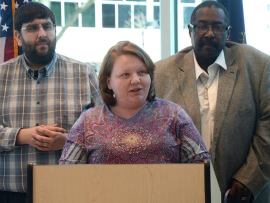 Battle Creek resident Sarah Lawrence speaks during