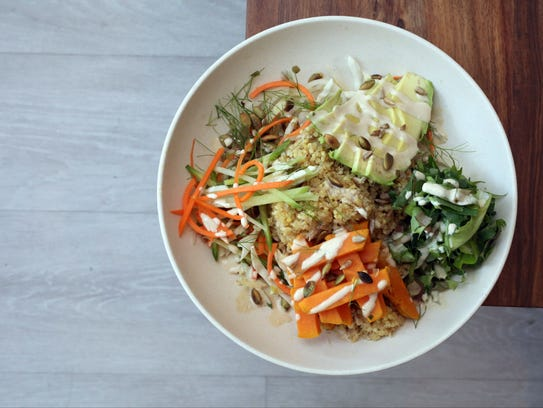 The Peace bowl: avocado, yam, sprouts, protein power