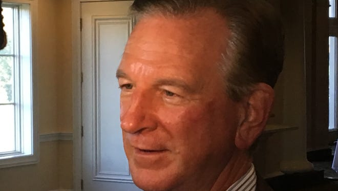 Former Auburn coach Tommy Tuberville speaking at Montgomery Quarterback Club on Sept. 12, 2017