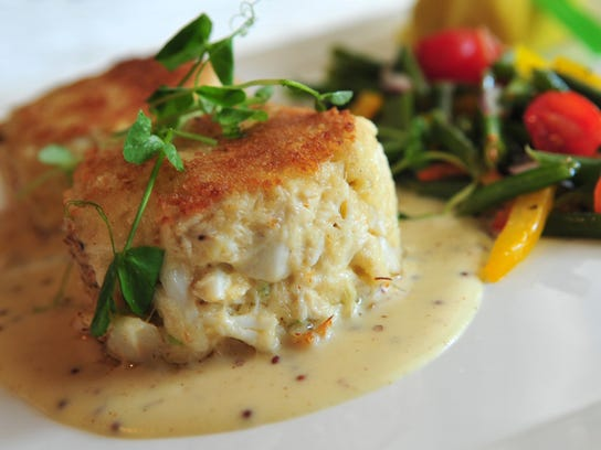 Crab cakes and green bean relish served at Rod's Steak