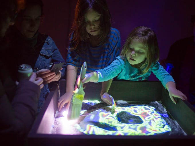 """""""Sandboxes of Life"""" allows festivalgoers to """"paint"""""""