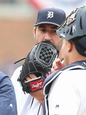 Detroit Tigers pitcher Justin Verlander talks with James McCann on Monday, April 11, 2016, at Comerica Park in Detroit.