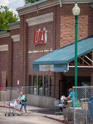 Lin's Fresh Market under construction in Cedar City,