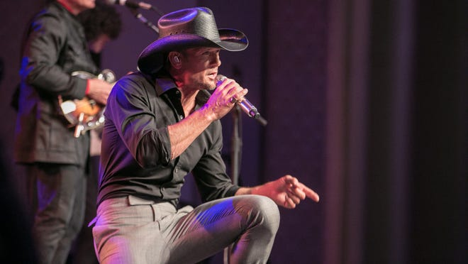 Tim McGraw performs at The Corinthian in Houston, Texas, on March 30, 2014, during a taping for 'Live From the Artists Den.'