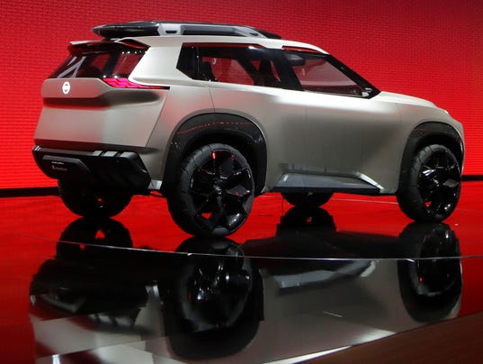 nissan xmotion suv concept unveiled at detroit auto show. Black Bedroom Furniture Sets. Home Design Ideas