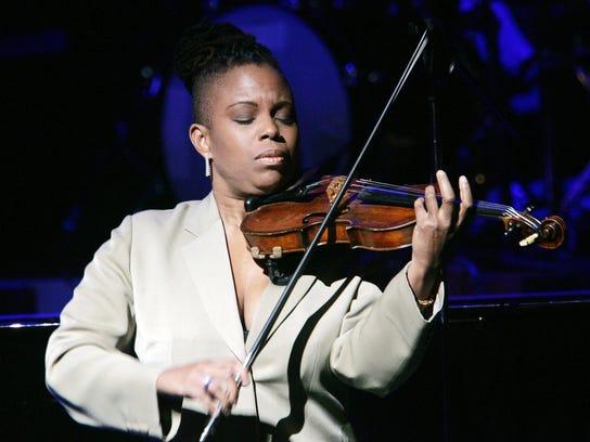 Violinist and Detroit native Regina Carter