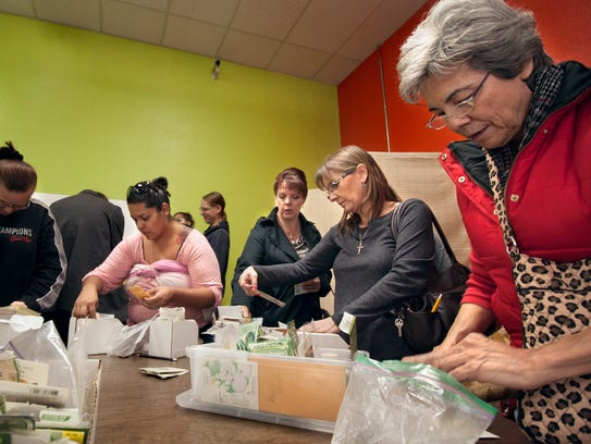 Gardeners gather at the SeedShare Las Cruces event