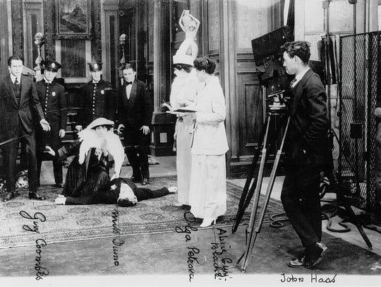 Blaché directing My Madonna, 1915