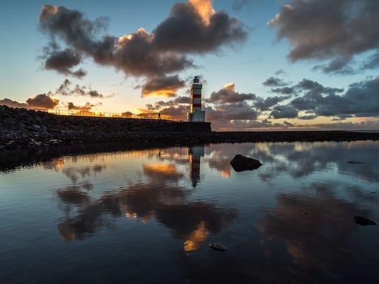 Soak in lighthouse beauty on the Rekyjanes Peninsula