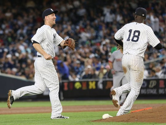 Todd Frazier says thank you to Didi Gregorius after