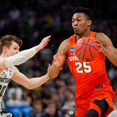March Madness notebook: Sweet 16 picks, Delgado's jersey, Rutgers and the Martin twins