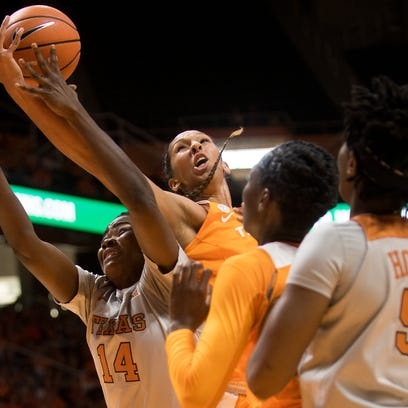 UT Lady Vols, Jaime Nared hang on to win over Texas