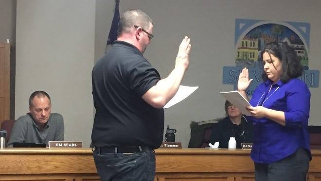 Silverton Mayor Kyle Palmer takes oath following being appointed to the position by a unanimous City Council vote. Palmer will serve out the term of Rick Lewis, who resigned after being appointed to the Oregon House District 18 seat.