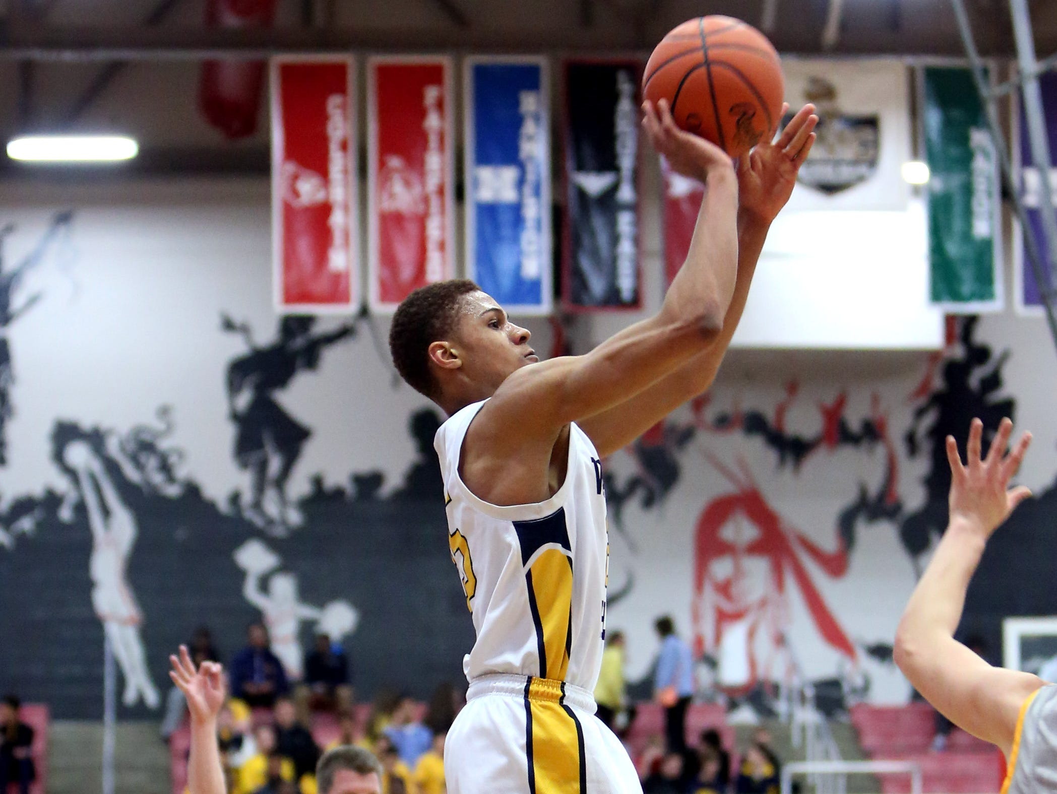 Walnut Hills guard MaCio Teague had 20 points for the Eagles in his final game March 6 in the Division I sectional final at Fairfield. Moeller got the win 48-40.