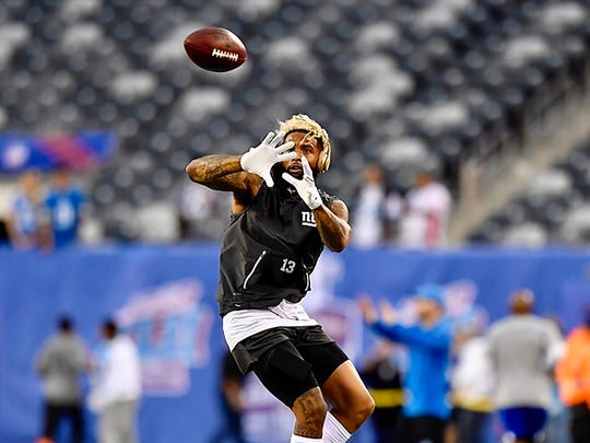 New York Giants wide receiver Odell Beckham Jr. makes a catch during warm-ups before the Giants home opener. (Danielle Parhizkaran/@danielleparhiz)
