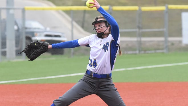 Mountain Home's Kaylee Crownover delivers a pitch against Morrilton on Tuesday night.