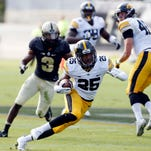 AkShun aplenty as Hawkeyes toy with Purdue on the road
