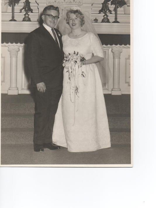636029029124291233-Wedding-pic.jpg