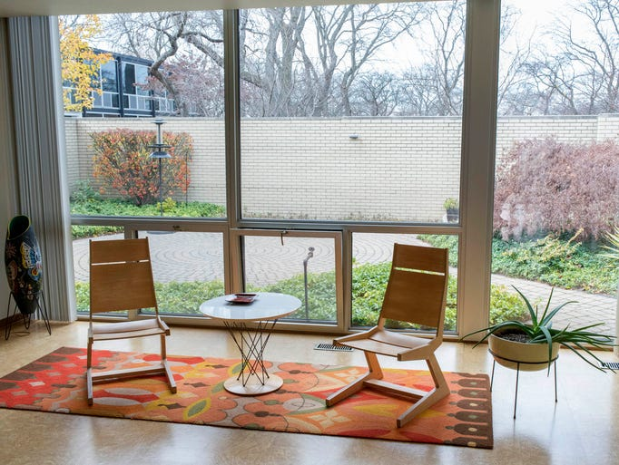View from the living room at a Mies van der Rohe courthouse