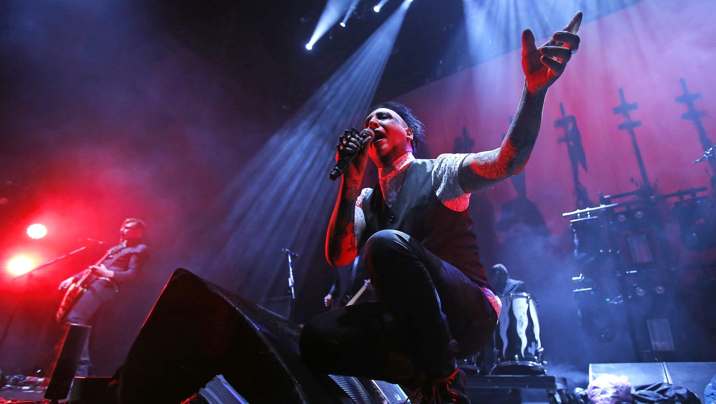 what you should know before marilyn manson plays des moines. Black Bedroom Furniture Sets. Home Design Ideas