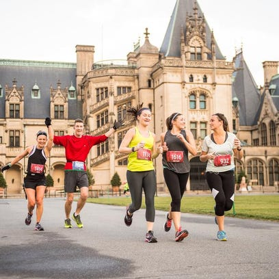 Photos: 2018 Asheville Marathon and Half Marathon at Biltmore Estate